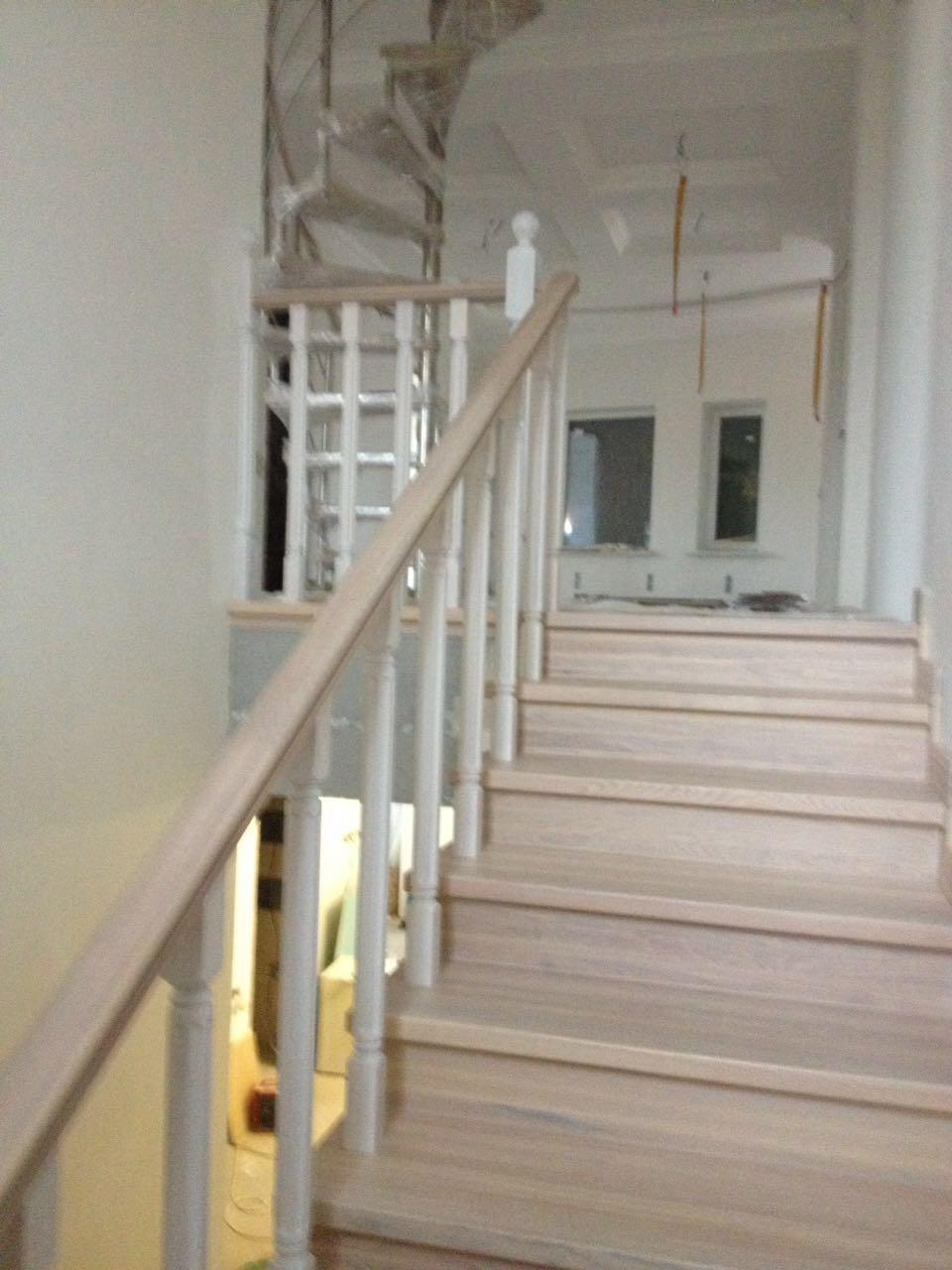 Лестницы из ясеня